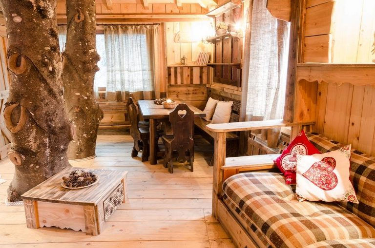 hotel particolari unusual hotels Dolomiti-Village Casa sull